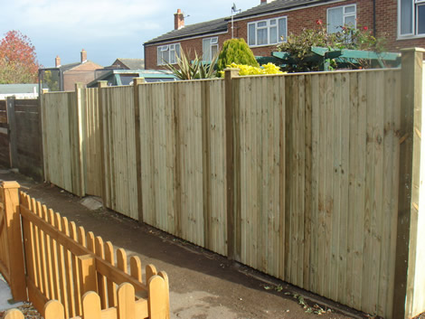 Garden Fence Installation in Basingstoke
